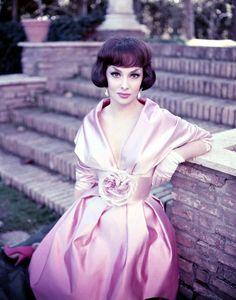 Gina Lollobrigida, photo by Henri Elwing, 1959 Gina Lollobrigida, Sophia Loren, Hollywood Fashion, Hollywood Actresses, Hollywood Style, Monte Carlo, Style Hollywoodien, Divas, Rome