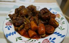 I recently got a box of oxtail on sale. However, I have never maken oxtail before. It seems to be tough and takes a long time to cook. After I tried making this Oxtail Bourguignon with my pressure …