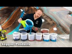 Use Epoxy To Coat Existing Countertops To Make Them Look Like Real Stone Step By Step Explained - YouTube Diy Resin Crafts, Wood Crafts, Canvas Art Projects, Diy Projects, Do It Yourself Videos, Countertop Transformations, Diy Resin Table, Concrete Overlay, Epoxy Floor