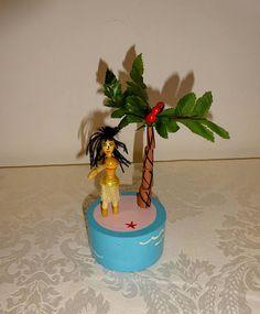 Vintage Push Puppet Hula Girl Hula Dancer Wooden Push Puppet