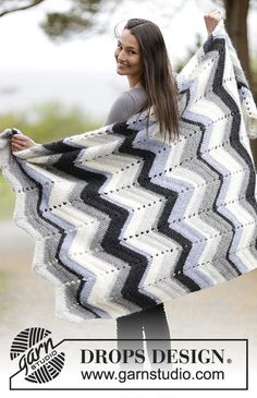 """Gehaakte DROPS deken met zigzagpatroon van """"Air"""". Gratis patronen van DROPS Design."""