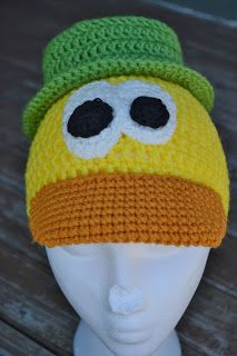 Elijah loves the TV show Pocoyo . I had never heard of the show until he found it on a kid's tv app on my phone. It's a cute show about this. Crochet Character Hats, Tv App, Kids Tv, Diy Party, 2 In, Crochet Baby, Crochet Patterns, Birthdays, Beanie