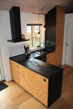 OSB kitchen in my summerhouse in Denmark based on a standard IKEA kitchen except for all surfaces. Ikea Kitchen Design, Home Decor Kitchen, Kitchen Furniture, Kitchen Interior, Home Kitchens, Furniture Stores, Kitchen Ideas, Ikea Kitchens, Coastal Interior