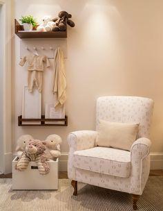Quartos de bebê clássicos em bege - Constance Zahn