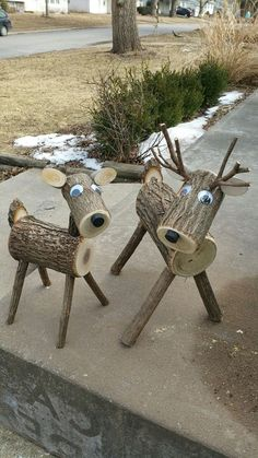 Xtra große Log Hirsche … 40 plus lbs.site Xtra big log deer … 40 plus lbs. Wood Log Crafts, Christmas Wood Crafts, Diy Wood Projects, Outdoor Christmas, Christmas Projects, Holiday Crafts, Christmas Decorations, Christmas Ornaments, Reindeer Decorations