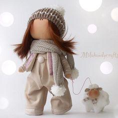 Что мне снег, что мне зной, что мне дождик проливной, когда мои друзья со мной!!!! Нет в НаЛиЧии. #интерьернаякукла #коллекционнаякукла…