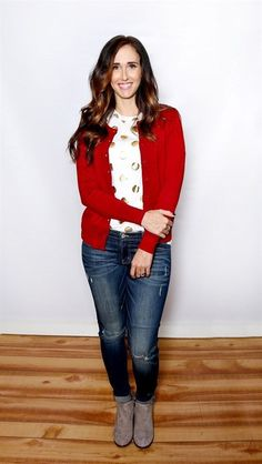 Must Have Fall Cardigan - 18 Colors! Red Cardigan Outfits, Fall Cardigan, Polo Outfit, Fall Outfits, Fashion Outfits, Work Outfits, Cardigan Design, Cool Style, My Style