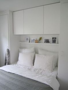 26 Trendy Bedroom Storage Ideas For Small Spaces Closet Cabinets Small Bedroom Storage, Small Master Bedroom, Small Bedroom Designs, Bed Storage, Storage Ideas, Storage Design, Small Bedrooms, Teenage Bedrooms, Small Storage