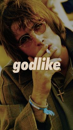 Handsome Men ✯ Liam Oasis Live Forever, Liam Gallagher Oasis, My Big Love, Britpop, British Men, Great Bands, Blur, Rock N Roll, Moonlight