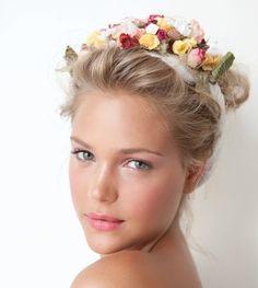 corona di fiori acconciatura - Cerca con Google