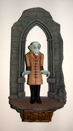 Nosferatu figure by Clay Guy. Base and paint by Fritz die Spinne