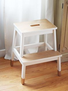 Step Stool - dipped furniture look From Ikea Dipped Furniture, Diy Furniture Ikea, Furniture Projects, Furniture Makeover, Painted Furniture, Furniture Cleaning, Ikea Wooden Stool, Ikea Step Stool, Step Stools