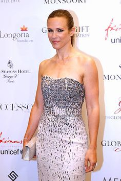 Singer Lorie attends the Global Gift Gala : Photocall. Held at Four Seasons Hotel George V on May 2015 in Paris, France. Get premium, high resolution news photos at Getty Images France Photos, Paris Photos, Laura Lee, Charlotte Valandrey, Leila, Strapless Dress Formal, Formal Dresses, Four Seasons Hotel, Gifts For Father