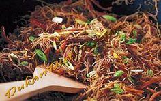 Dukan Shirataki with Spicy Beef Sauce - Dukan Diet Recipe Dukan Diet Recipes, Beef Recipes, Dukan Diet Phase 1, 5 Star Restaurants, Beef Sauce, Hd Nature Wallpapers, Little Monkeys, Yams, Menu Planning
