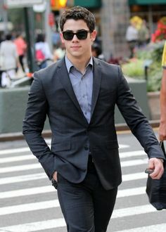 nick jonas .... I love their style. If only all guys would dress like this at least every now and then on a casual day.