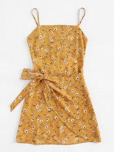 Shop Ditsy Print Open Back Wrap Hem Cami Dress online. SheIn offers Ditsy Print Open Back Wrap Hem Cami Dress & more to fit your fashionable needs. Cute Casual Outfits, Cute Summer Outfits, Spring Outfits, Casual Dresses, Elegant Dresses, Formal Dresses, Wedding Dresses, Short Dresses, Tailored Dresses