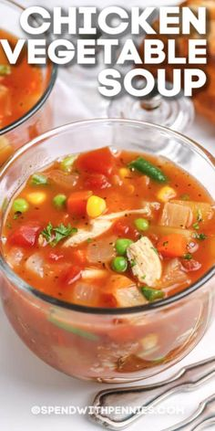 Chicken & vegetable soup is not only the best soup recipe to have in the recipe box, but it is also super versatile. #spendwithpennies #chickenvegetablesoup #maindish #soup #easychickensoup #slowcookersoup #chickensoup Homemade Chicken Vegetable Soup, Best Vegetable Soup Recipe, Detox Vegetable Soup, Low Carb Vegetable Soup, Creamy Vegetable Soups, Veg Soup, Best Soup Recipes, Healthy Soup Recipes, Chicken And Vegetables