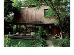 【ELLE DECOR】建物の外壁に選んだのは、経年変化する木材 エル・オンライン