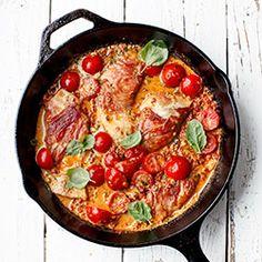Filety z kurczaka w kremowym sosie z suszonych pomidorów   Kwestia Smaku