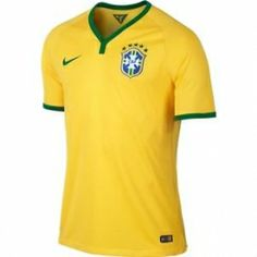 Find official Nike Brazil soccer gear for the 2018 World Cup. Purchase the latest soccer gear and support Brazil. Soccer Gear, Soccer Uniforms, Soccer Shop, Soccer Kits, Nike Soccer, Soccer Ball, Nike Officiel, Fifa, World Cup Jerseys
