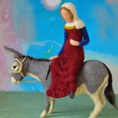 pepadana felting: osel Christmas Nativity Scene, A Christmas Story, Felt Christmas, Christmas Ornaments, Paper Mache Crafts, Needle Felting Tutorials, Nativity Crafts, Soft Sculpture, Sculptures