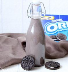 Recipes with heart ♥: Oreo - Liqueur - Rezepte - Coffee Dessert Oreo, Oreo Desserts, Plated Desserts, Party Drinks, Cocktail Drinks, Cocktails, Creme Frangipane, Budget Freezer Meals, Smoothies For Kids