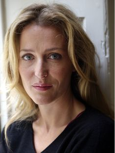 WHERE is this from @Gillian Anderson? :)))