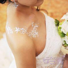 Body Jewelry, Backless, Jewelry Making, Formal Dresses, Fashion, Moda, Jewellery Making, Formal Gowns, La Mode