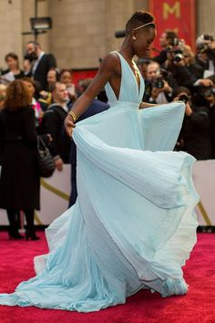 The 100 greatest red carpet dresses of 2014: http://on.elle.com/1vy9fsj