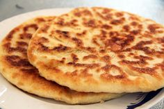 Gabriela's blog: PLACINTE CA LA MAMA LUȚĂ Romanian Food, Romanian Recipes, Easy Desserts, Dessert Recipes, Kiss The Cook, Calzone, Bread Recipes, Delish, Brunch