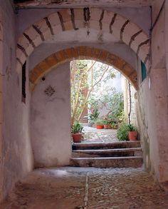 evysinspirations: (via Private Courtyard, a photo from Trapani, Sicily | TrekEarth) Erice, Sicily, Italy