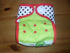 Pul külső Sewing Baby Clothes, Baby Rompers, Diapers, Lunch Box, Swimming, Baby Overalls, Swim, Bento Box, Baby Bunting