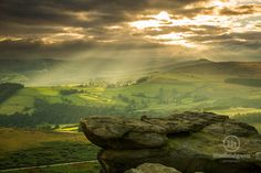 A beautiful light show last night from Stanage Edge looking down over the Hope Valley