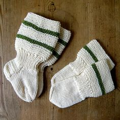 Novita_baby_mittens_socks_savilna_small2