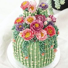 fun dessert for the summer - Cactus cake! - Backen a fun dessert for the summer – Cactus cake! a fun dessert for the summer – Cactus cake! Pretty Cakes, Cute Cakes, Beautiful Cakes, Amazing Cakes, Beautiful Things, Beautiful Pictures, Cookies Et Biscuits, Cake Cookies, Cupcake Cakes
