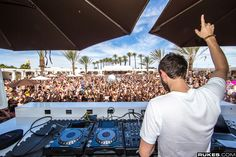 Daylight Beach Club in Mandalay Bay. Open Thurs-Mon 11am-6pm and Wednesday nights for Eclipse. Text 702.882.3343 for information on our upcoming events, Cabana/ Daybed prices, bottle service and to be on our guest list!