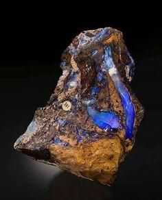 Extraordinary Opal from Andamooka Opal Fields, Australia credit: Yasu Okazaki