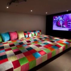 loving the couch/bed design