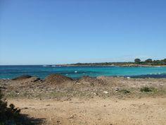 Playa de Son Saura, Tandil motos menorca, alquiler de motos.