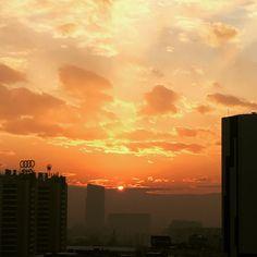 Coucher de soleil d'hiver à Almaty Kazakhstan, Clouds, Celestial, Sunset, Outdoor, Sun, Winter, Sunsets, Outdoors