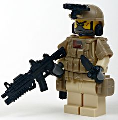 Navy Seal Team Desert Special Ops Minifigure Navy Seal Team Desert Special Ops Minifigure - Modern B Legos, Steampunk Lego, Lego Soldiers, Team Fortress 2 Medic, Lego Kits, Special Ops, Special Forces, Lego Minifigs, Lego Construction