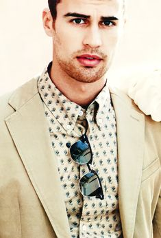 Theo James for InStyle Magazine Theo James, Theodore James, James 3, Bae, My Sun And Stars, Star Wars, Instyle Magazine, Hot Actors, Raining Men