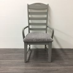 Chair chalk painted using Superior Paint CO. Barn Wood & new updated upholstery Modern Farmhouse, Farmhouse Decor, Dining Chair Makeover, Farmhouse Dining Chairs, Chalk Paint Furniture, The Fresh, Barn Wood, Painting On Wood, A Table