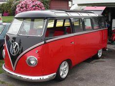1961 VW Bus 23 window deluxe
