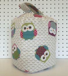 A gorgeous handmade Owl Doorstop. Perfect to place in front or behind any door. Our quality Owl fabric doorstop is guaranteed to brighten up your room. Generously filled with sand and topped with polyester stuffing creating the perfect shape. We currently have pink owl and blue owl fabric available. Made from 100% cotton home decor weight fabric. Dimensions: approx Height: 18cm Width: 13cm Depth: 13cm Weight 1.7kg approx