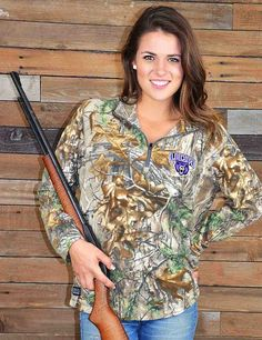 Stay warm for Central Arkansas games or rep your favorite team while in the stand Go Bears
