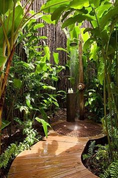 I would love to hace this kind of out door shower, especially if you have a pool!