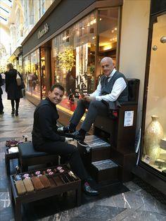 New shoe shine chair is the Rolls Royce of shoe shine Shiny Shoes, Clean Shoes, Shoe Shine Box, Burlington Arcade, Barber Shop Decor, Barbershop Design, Gentleman Shoes, Sneaker Art, Churchill