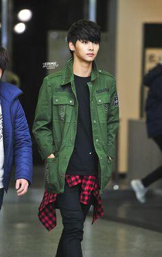 N (VIXX) @ KBS Kiss The Radio 13.12.26 ~ Source : http://hakyeon.kr/