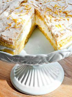 Sitrondrøm Citrus Cake, Norwegian Food, Summer Cakes, Pudding Desserts, Sweet Desserts, Let Them Eat Cake, No Bake Cake, Cake Recipes, Food And Drink